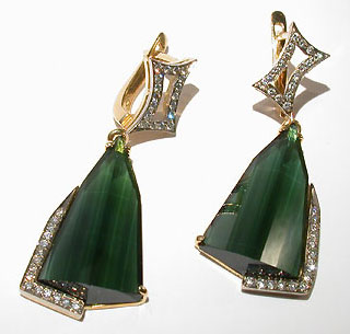 Fashion earrings with turmalines,diamonds