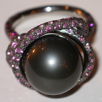 Ring, white gold 750°, pearl 13,6 mm, diamonds, black diamonds, rose sapphires
